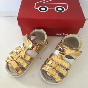 See Kai Run girls gold sandals size 7 new